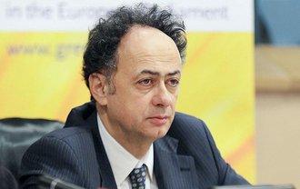Хьюг Мингарелли утверждает, что у Киева осталось несколько дней для выполнения требований ЕС - фото 1