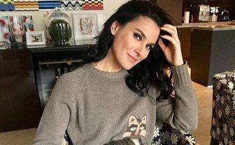 Маша Ефросинина показала фото с голым пупком - фото 1