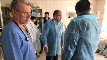 Губернатор Степанов и человек, похожий на Илона Маска, запускают медреформу - фото 1