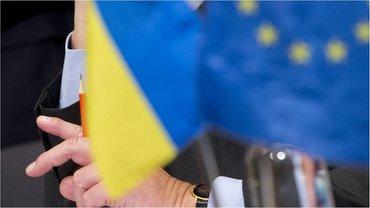 Украине напомнили о требованиях безвиза - фото 1