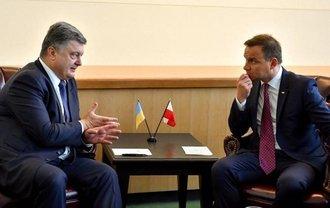 Порошенко и Дуда решили, что пора разрядить отношения между странами - фото 1