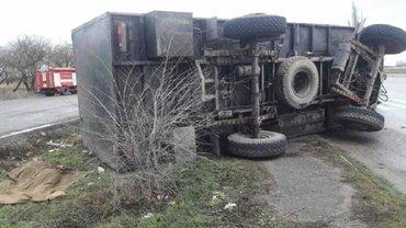В Николаевской области авто военных попало в ДТП  - фото 1