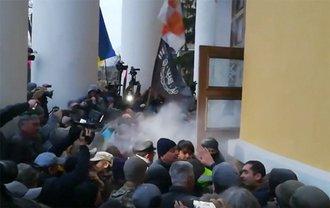 Штурма Октябрьского дворца в Киеве - фото 1