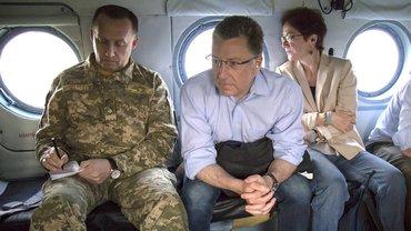 Курт Волкер считает выход РФ из СЦКК позором - фото 1