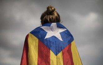 В Испании суд освободил под залог 6 экс-министров Каталонии - фото 1