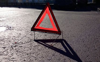 Водитель авто с польской регистрацией сбил девушку и уехал - фото 1