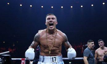 Александр Усик победил, но осадок остался - фото 1