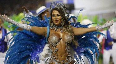 В бразильском Рио-де-Жанейро начался карнавал - фото 1
