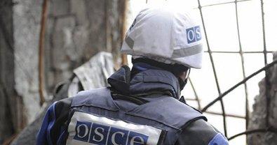 Миссия ОБСЕ покинула патрульную базу в населенном пункте - фото 1