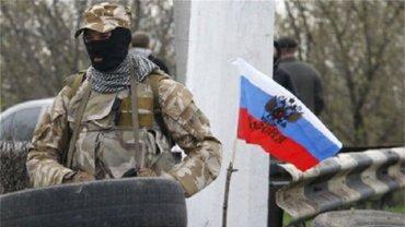 На востоке Украины оккупанты усиливают контроль за населением - фото 1