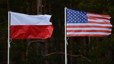 США призвали Польшу пересмотреть новый закон - фото 1