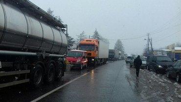 Акция протеста против изменений в таможенных правилах перемещения товаров через границу - фото 1