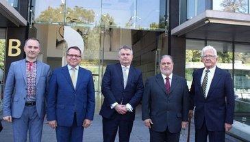 Кто открыл дипломатическое представительство Украины в Чили - фото 1