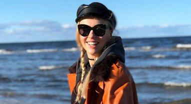 Оля Полякова снялась в социальной рекламе по борьбе с раком молочной железы - фото 1