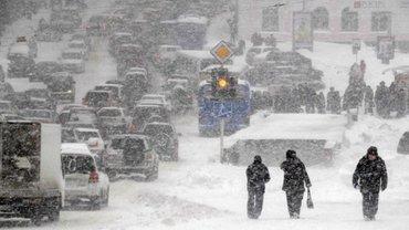 В Киеве пробки из-за снегопада - фото 1