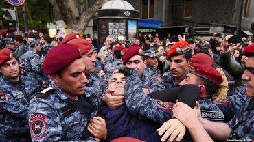 Протесты против Саргсяна - фото 1