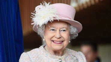Верховному правителю церкви Англии Елизавете II исполнилось 92 года - фото 1
