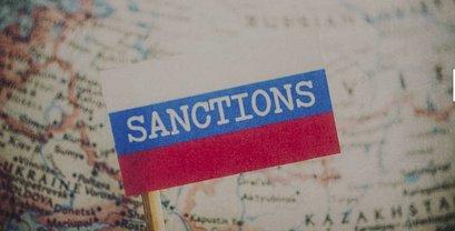 """Из-за """"выборов"""" в Крыму ЕС ввел санкции - фото 1"""