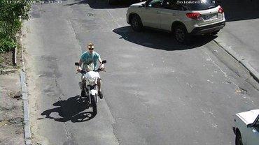 У Маси Найема угнали мотоцикл 11 мая - фото 1