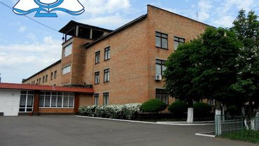 В 8 школе Черкасс отравилось 42 школьника - фото 1