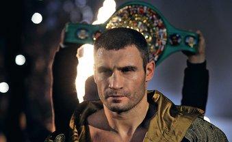 Виталий Кличко оставил отпечаток кулака для музея Зала славы бокса - фото 1