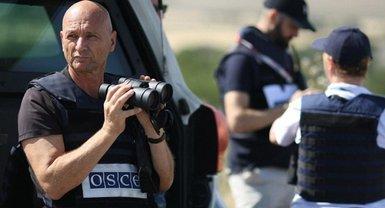 В наблюдателей ОБСЕ бросили молоток - фото 1