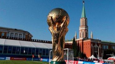В России начали избивать футбольных фанатов - фото 1