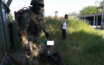 Злоумышленники удерживали 30 человек как рабов - фото 1