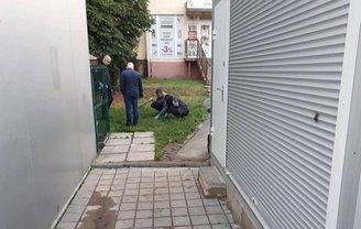 Во Львове на улице застрелили мужчину - фото 1