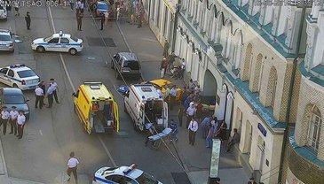 В России пьяный таксист наехал на мексеканцев - фото 1