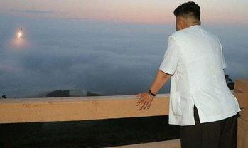 Ким Чен Ын пообещал ликвидировать полигон для запуска ракет большой дальности - фото 1