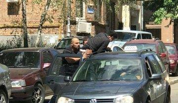 В Киеве похитили сына финансовового атташе Ливии - фото 1