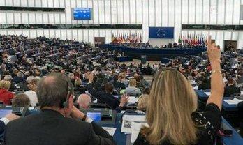 Комитет Европарламента начал процедуру введения санкций против Венгрии - фото 1