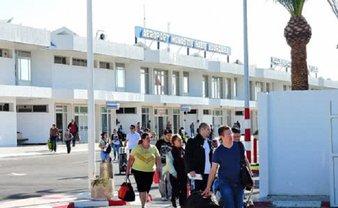 Вторая часть украинских туристов до сих пор не может вылететь из Туниса - фото 1