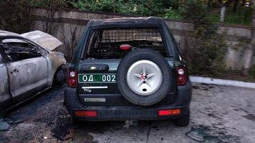 В Ровно сожгли машины волонтера - фото 1