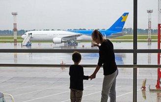 Почти тысяча украинских туристов отправилась домой из Туниса - фото 1