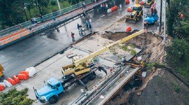 В Киеве восстановили движение по мосту на Куреневке - фото 1