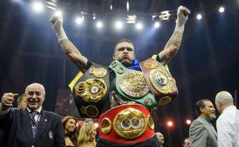 Александр Усик рассказа, что его поддерживает на ринге - фото 1