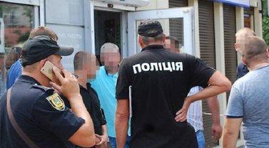 В Одессе водители стреляли в продавцов арбузов - фото 1