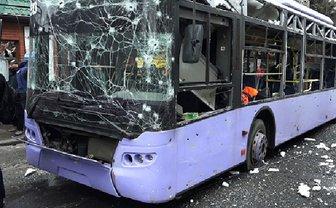 В Ивано-Франковске обстреляли троллейбус с пассажирами - фото 1