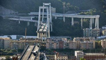 Обвал моста в Генуе - фото 1