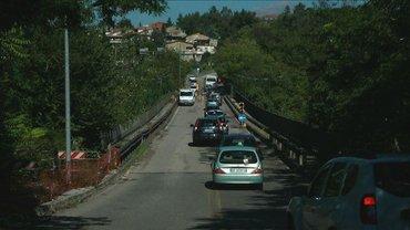 В Италии запретили движение еще на одном мосту - фото 1