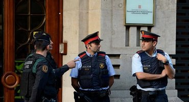 В Каталонии застрелили мужчину, ворвавшегося в полицейский участок - фото 1