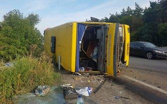 Под Днепром фура протаранила автобус, пострадали пассажиры - фото 1