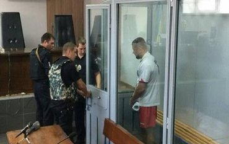 Суд продлил арест подозреваемым в убийстве Сармата - фото 1