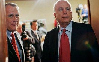 На место Маккейна уже нашли нового сенатора - фото 1
