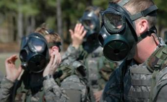 Боеиков готовят к ведению войны в условиях химической атаки - фото 1