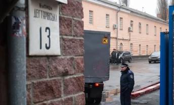Осужденные могли беспрепятственно выходить на свободу из Лукьяновского СИЗО - фото 1