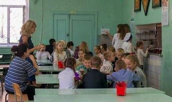 В школе №62 из-за неизвестной болезни 250 учеников не явились на занятия - фото 1