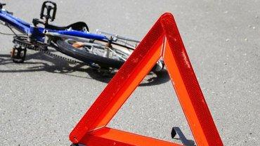 Велосипедист погиб после столкновения с машиной начальника областной полиции - фото 1